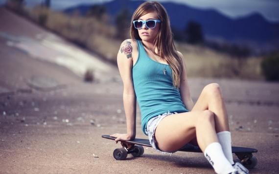 Статусы на Международный день скейтбординга